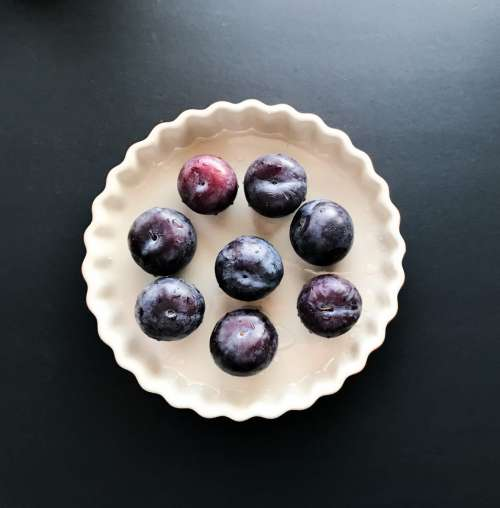 Spicy Plum Pie