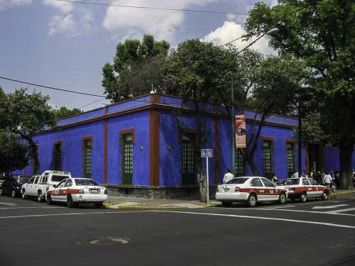 Museo Frida Kahlo in Mexico City free photo