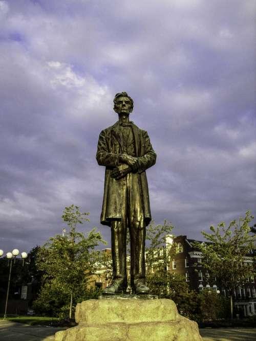 Abraham Lincoln Monument, Lytle Park, Cincinnati, Ohio free photo