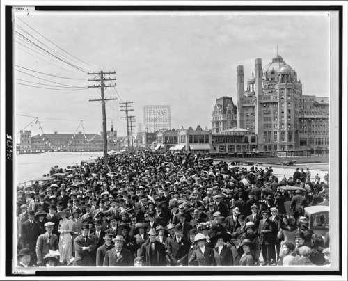 Atlantic City Boardwalk crowd in front of Blenheim hotel in New Jersey 1911 free photo