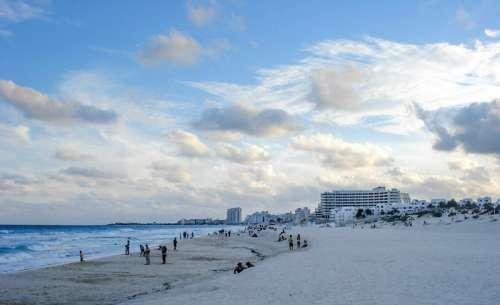 Beach landscape in Cancun, Mexico free photo