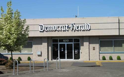 Democrat-Herald offices on Lyon Street in Albany, Oregon free photo