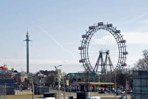 Der Wurstelprater and Ferris Wheel in Vienna, Austria free photo