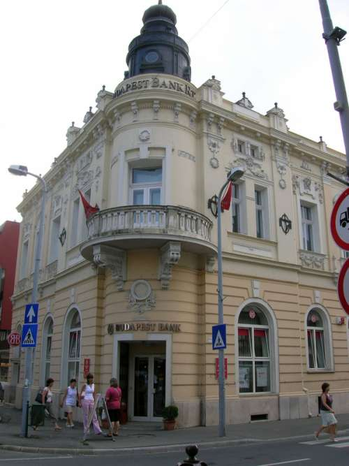Downtown street corner and building in Zalaegerszeg, Hungary free photo