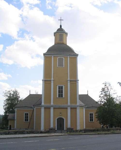 Hausjärvi Church building in Finland free photo
