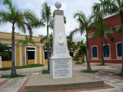 Juan B. Elbers Memorial Obelisk in Barranquilla, Colombia free photo