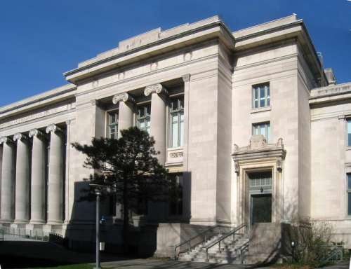 Langdell Hall at Harvard University in Cambridge, Massachusetts free photo