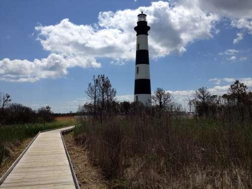 Lighthouse on Bodie Island in North Carolina free photo