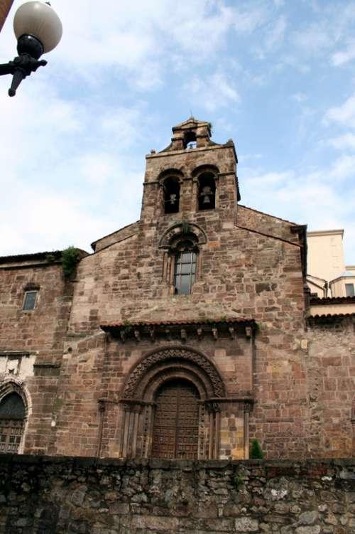 Los Franciscanos church in Aviles, Church free photo