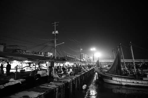Night scenery at the docks in Incheon, South Korea free photo