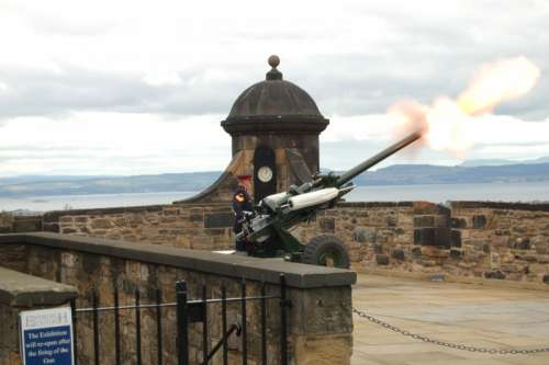 One O'Clock Gun free photo