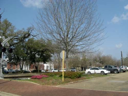 Part of the original (1854) route of the New Orleans, Jackson and Great Northern railway in Hammond, Louisiana free photo