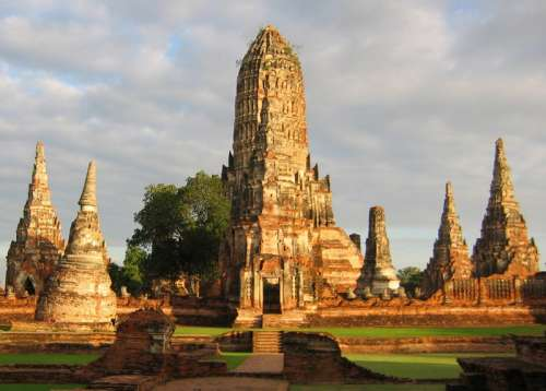 The ruins of Wat Chaiwatthanaram in Ayutthaya, Thailand free photo