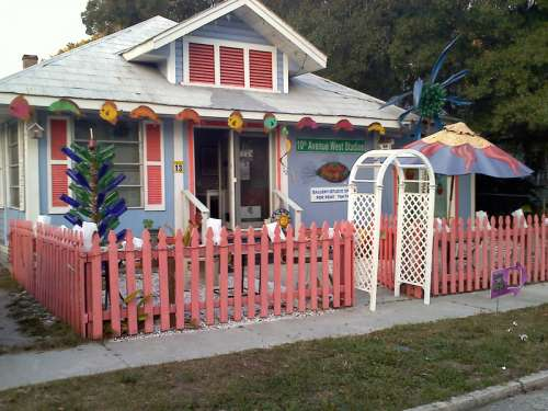 Some of the restored homes in Bradenton, Florida free photo