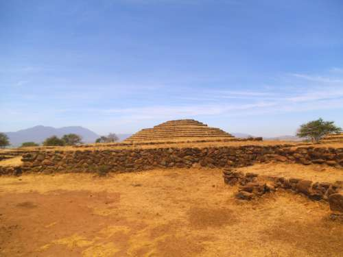 Teotihuacan Pyramids in the Mexico Valley free photo
