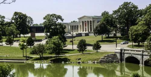 The Albright–Knox Art Gallery in Buffalo, New York free photo
