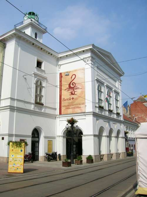 The National Theatre in Miskolc, Hungary free photo