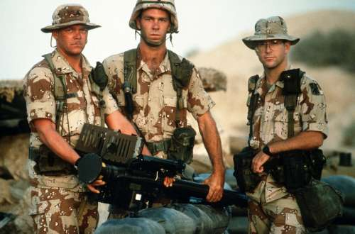 US Army soldiers from the 11th Air Defense Artillery Brigade during the Gulf War free photo