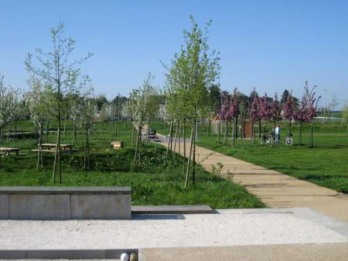 Villoresi Park in Monza, Italy free photo
