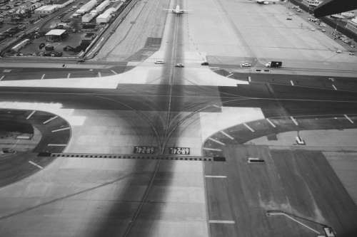 lax airport takeoff