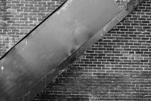 architecture bricks black and white