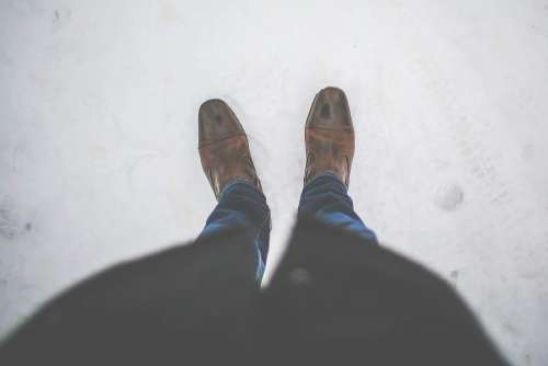 Men Leather Shoes in Snow