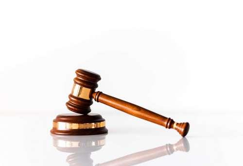 Gavel Auction & Judge Hammer