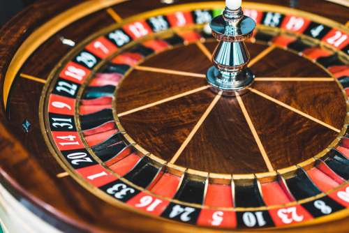 Wooden Roulette Wheel Casino Game
