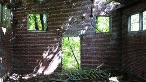 Abandoned Wash House Centralia Deserted History