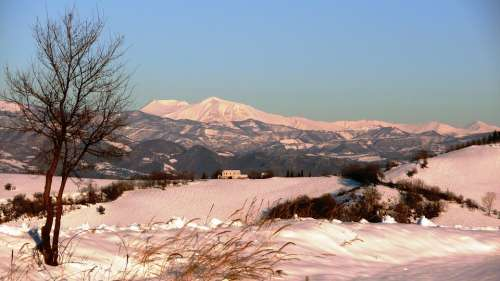 Abruzzo Winter Snow Italy Apennines Landscape