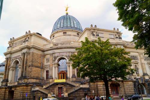 Academy Of Fine Arts Dresden Dome Building