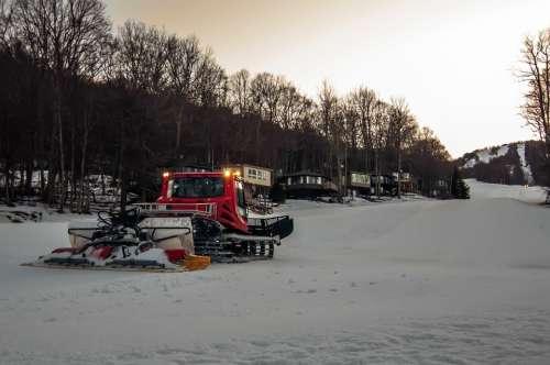 Action Alpine Alps Blade Cold Equipment Groomer