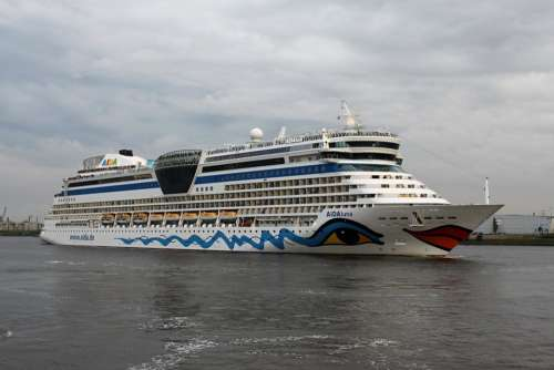 Aida Ship Driving Cruise Ship Sea Vacations Water