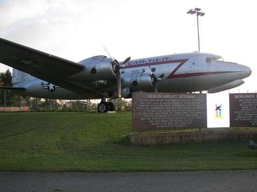 Air Bridge Aircraft Berlin