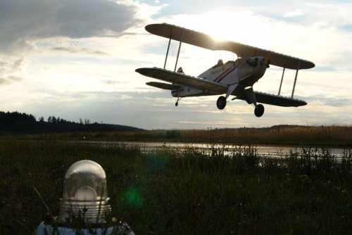Aircraft Landing Flying Propeller Plane