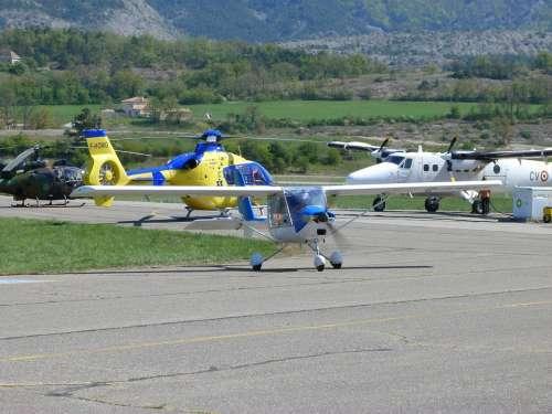Aircraft Aerodrome Track Engine Propeller Leger