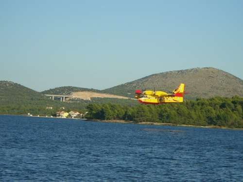 Aircraft Fire Fighting Aircraft Use Forest Fire