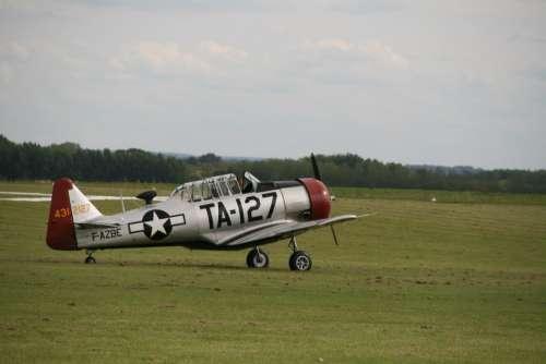 Aircraft Meeting Aérien Flying Club Second War