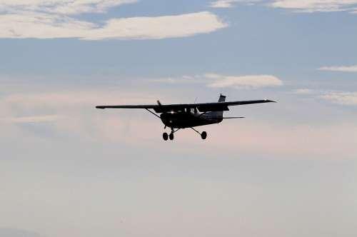 Aircraft Cessna Backlighting Sky