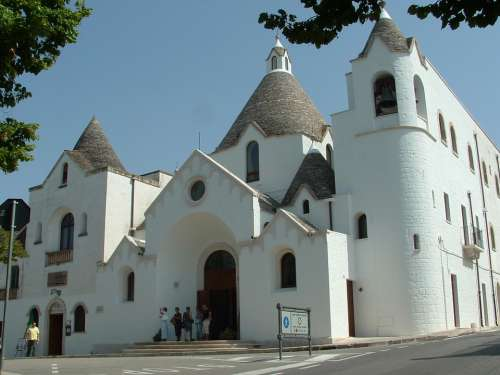 Alberobello Trulli Puglia Church