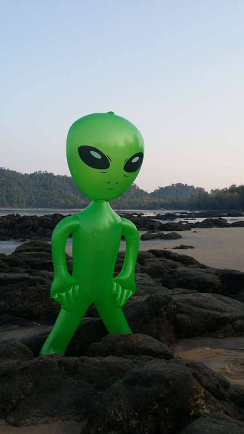 Alien Alie Mars Male Figure Inflatable Sea Stones