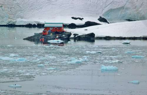 Antarctica Glacier Ice Floating Chunks Landscape