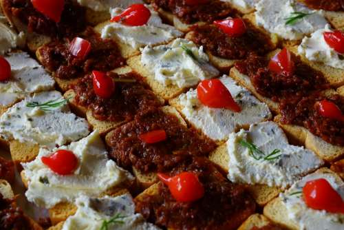 Appetizer Toast Cheese Tapenade Paprika Herbs