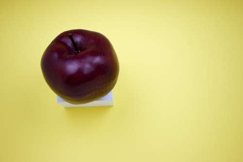 Apple Fruit Red Food Healthy Fresh Organic Green