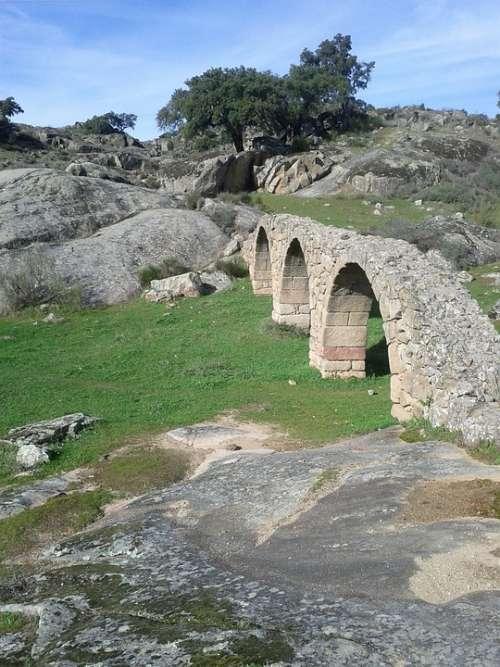 Aqueduct Plasencia Mount Bridge