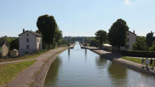 Aqueduct Briare Water Courses France Burgundy