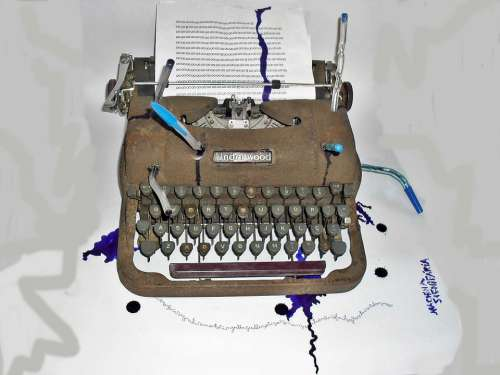 Art Sculpture Object Typewriter Poem Without End