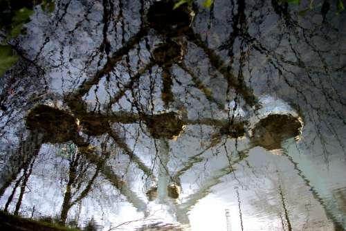 Atomium Architecture Reflection