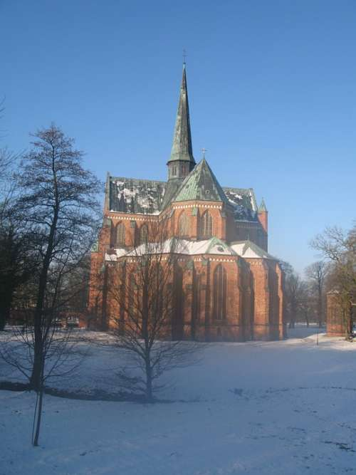 Bad Doberan Dom Winter Church Ice Cold Snow Cold