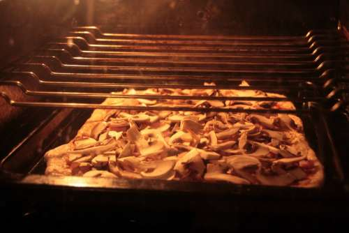 Baked Cooking Cutting Homemade Oven Pizza Slices